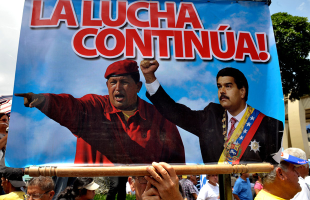 Chavez-and-Maduro-the-fight-continues